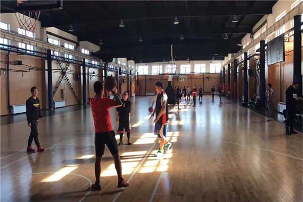 YiYi0813篮球中心运动木地板成功案例