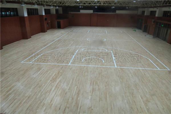 运动木地板--徐州树恩中学篮球馆及健身房成功案例
