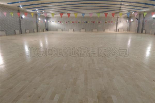 单龙骨运动木地板北京师范大学附属二中
